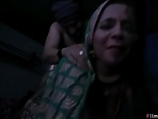 Honeymoon in the bus