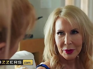 (Erica Lauren, Michael Vegas)  Cock Blocked By Mom  Brazzers