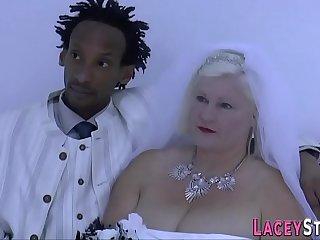 Granny bride Lacey Starr sucks dick
