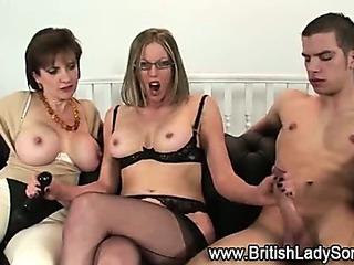 Lady Sonia threesome handjob