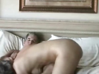 Older amateur couple really loves sex