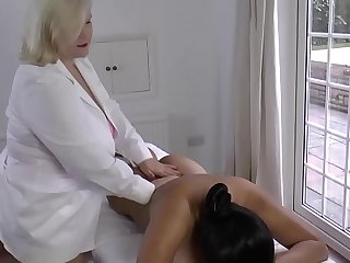 LACEYSTARR  Lesbian Massage with Amyka Lee