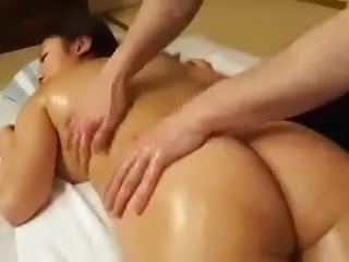 Massage sex with my Japanese stepmom LINK FULL HERE: